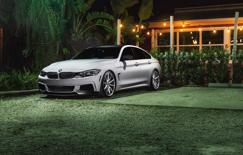 Фото обои BMW, Car, Grass, Power, Green, Front, White, Series, Sport, Vossen, Wheels, VFS1
