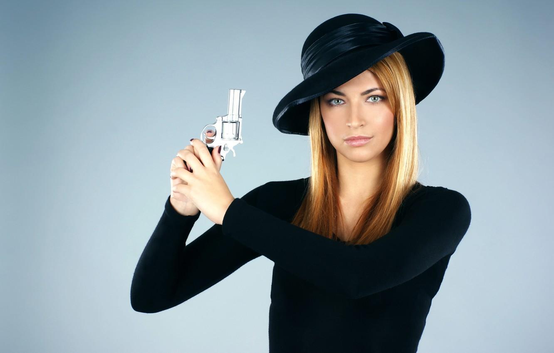 Фото красивых девушек в шляпках