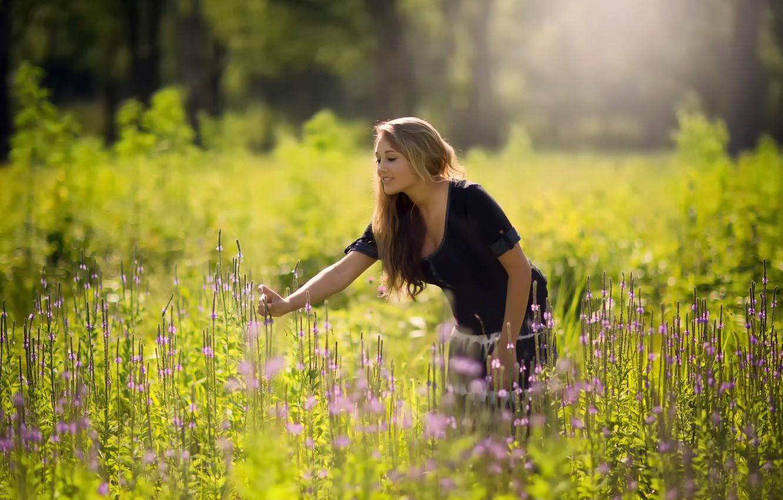Картинки лето трава девушка