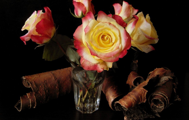 Фото обои цветок, вода, цветы, стакан, розы, букет, кора, красивые, береста