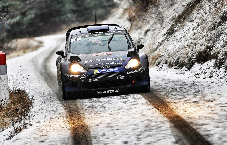 Фото обои Ford, Зима, Авто, Дорога, Снег, Спорт, Форд, Гонка, Фары, WRC, Rally, Ралли, Fiesta, Передок