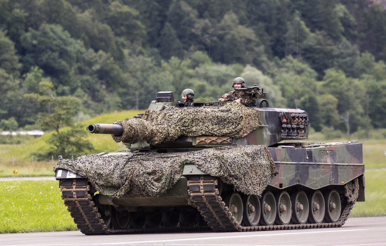 Фото обои танк, камуфляж, боевой, Leopard 2