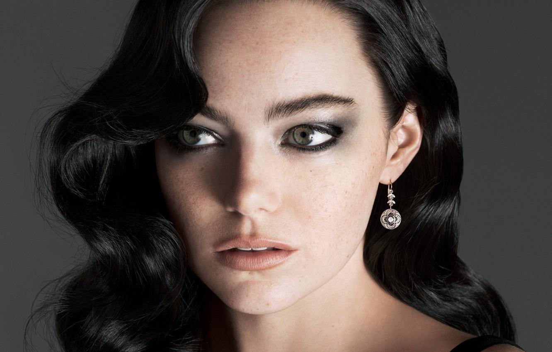 Фото зарубежной актрисы с черными большими выразительнымй глазами — img 1