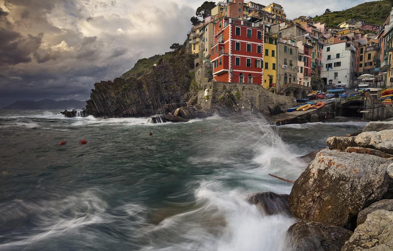 Обои дома, лигурийское побережье, скалы, чинкве-терре, бухта, риомаджоре, лодки. Города foto 14