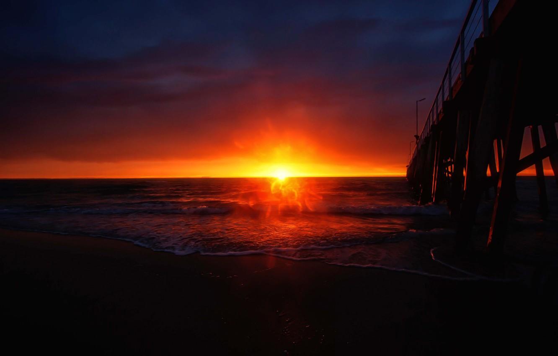 Фото обои закат, пирс, прибой