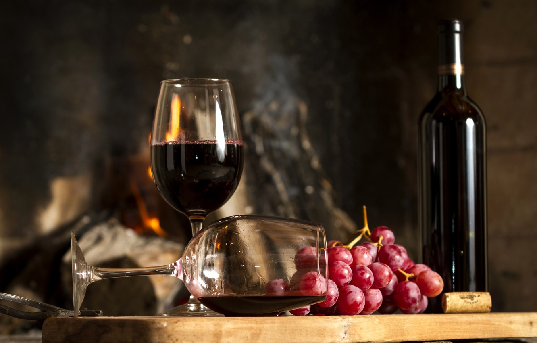 Обои красное, бокалы, виноград, бутылка, вино, доска. Еда foto 9