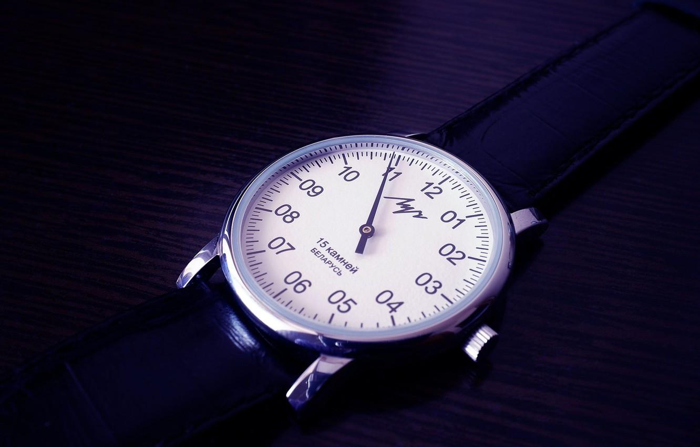 Фото обои Часы, черно-белое, винтаж, ретро часы, советские часы, советское, винтажные часы, luch watches, часы луч