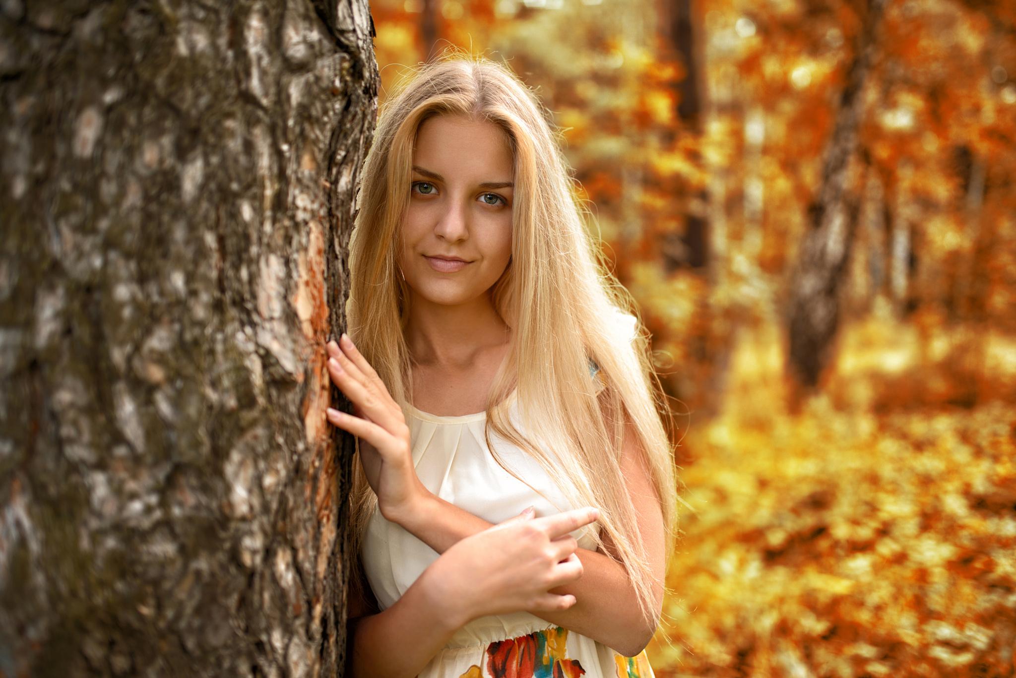 Русская девушка в парке, порно онлайн бикини и пляжному