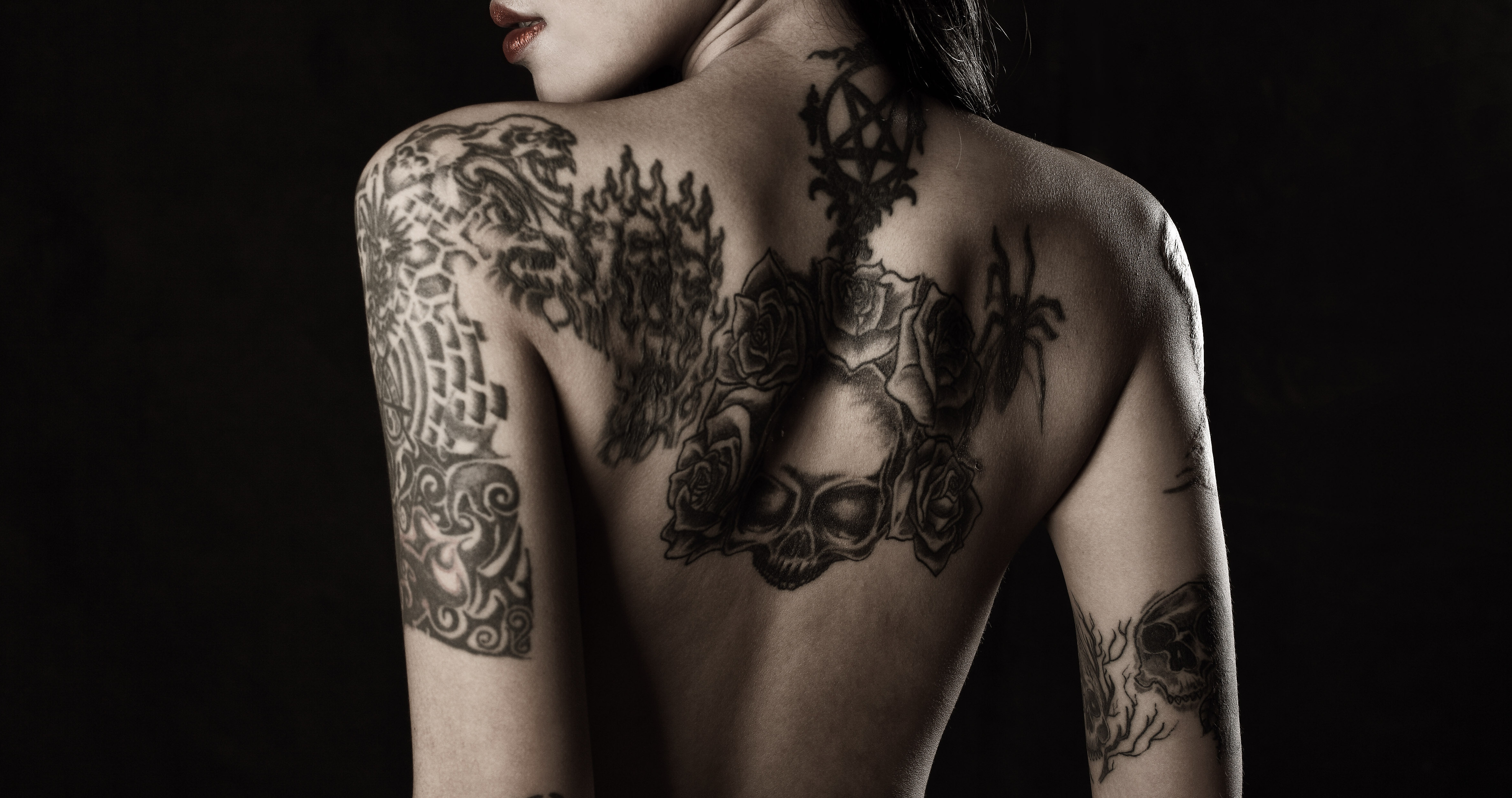 Images of Woman's Back Tattoo - #rock-cafe