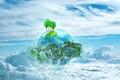 Картинка зеленый, белый, пузырьки, море, вода, пальма, небо, трава, синий, облака