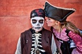 Картинка девочка, пираты, костюмы, дети, карнавал, мальчик