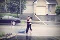 Картинка Любовь в любую погоду, поцелуй, девушка, парень, дорога