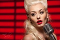 Картинка Romanie Smith, девушка, блондинка, микрофон, лицо, певица, красная помада