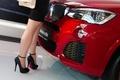 Картинка каблуки, BMW, девушка