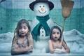 Картинка снеговик, взгляд, ситуация, пена, настроение, кафель, глаза, ванная, девочки