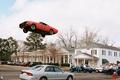 Картинка Придурки из хаззарда, машины, полицейские, прыжок, дома