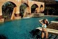 Картинка Девушка, бассейн, водопад, купальник