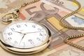 Картинка часы, евро, цепочка, время-деньги, Деньги