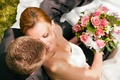 Картинка невеста, свадьба, пара, букет, жених, улыбка, розы
