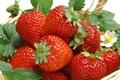 Картинка Клубника, ягоды, еда, листья, корзина