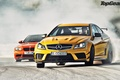 Картинка ГТС, БМВ, AMG, Mercedes-benz, дрифт, дым, Coupе, ц63, Black Series, оранжевый, блэк сириэс, C63, передок, ...