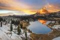 Картинка зима, небо, облака, снег, деревья, закат, горы, озеро, США, пик, Yosemite National Park, Сьерра-Невада