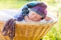 Картинка спящий, корзина, младенец, шапочка, сон