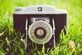 Картинка зеленая, трава, фотоаппарат, камера, объектив