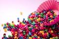 Картинка зеленый, настроения, фон, конфеты, яркие, обои, розовый, форма, фиолетовый, конфетки, цветные, кекс