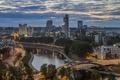 Картинка Вильнюс, мост, ночной город, река Нерис, Литва, здания, река, Мост короля Миндаугаса, Шнипишкес