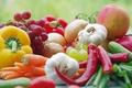 Картинка макро, перец, овощи, яблоко, фрукты, еда, помидор, чеснок, виноград, лук