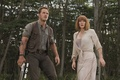 Картинка оружие, фантастика, кадр, джунгли, Chris Pratt, Мир Юрского периода, Bryce Dallas Howard, Jurassic World, Крис ...