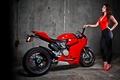 Картинка девушка, мотоцикл, red