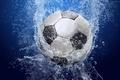 Картинка Футбол, мяч, вода, брызги, капли
