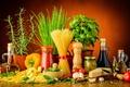 Картинка сыр, tomato, cheese, spice, pepper, макароны, кувшин, pasta, oil, специи, зелень, листья, базилик, масло, помидоры, ...