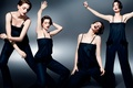 Картинка танец, жесты, Anne Hathaway, Энн Хэтэуэй, движения, Elle