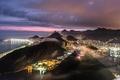 Картинка небо, закат, горы, тучи, city, город, огни, холмы, побережье, вид, высота, вечер, освещение, панорама, Бразилия, ...