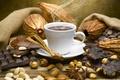 Картинка кофе, шоколад, кружка, напиток, орехи, корица, дымок, бадьян