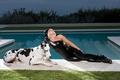 Картинка девушка, music, актриса, певица, pool, fashion, знаменитость, dog, singer, fame, Lady Gaga, pop, Леди Гага, ...
