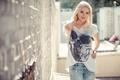 Картинка модель, футболка, Katja Kalugina, череп, джинсы, стиль